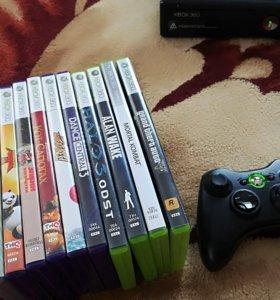 Срочно продам Xbox 360 с 12 играми и 2 геймпадом