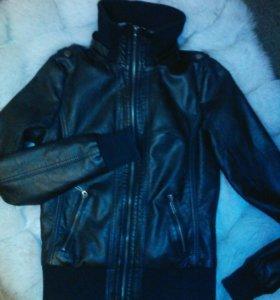 Куртка кожзам р-р 40-42