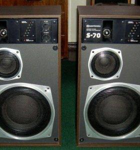 Радиотехника S-70 активная акустика