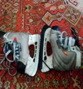 Коньки Nike