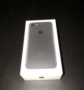 iPhone 7 32 Gb Black mate + чехол аккумулятор ориг