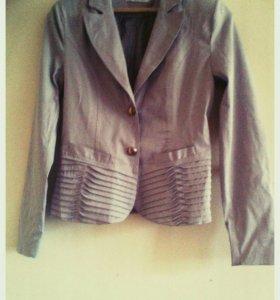 Женский пиджак (новый)
