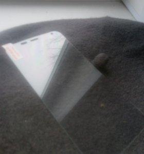Защитное стекло для смартфонов Hompton и Doogee