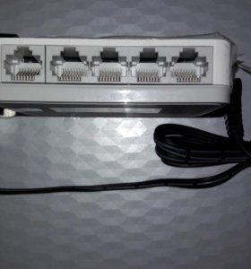 Коммутатор D-Link модель DGS-1005A