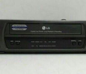 Видеомагнитофон кассетный LG, б/у