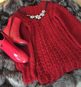 Вязаный тёплый свитер