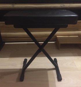 Стул для фортепиано