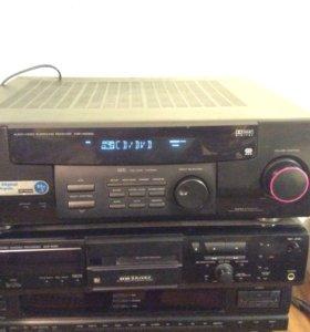 Аудио ресивер Kenwood.