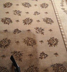 Новая жизнь старых диванов или ковров