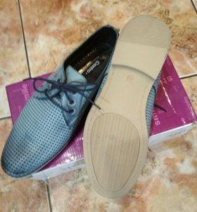 Новые мужские ботинки, размер 40