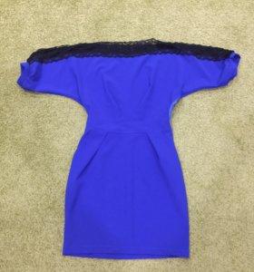 Платье, нарядное, синего цвета, с черным гипюром