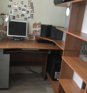 Письменный и компьютерный стол