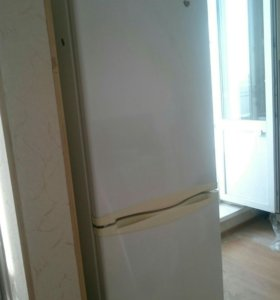 Продам холодильник LG (NOFROST) торг