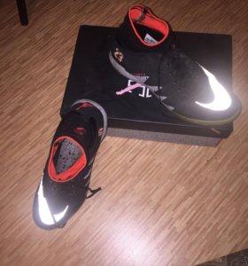 Мини-футбольные бутсы Nike
