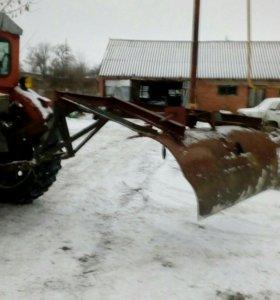 Лопата для чистки снега на трактор