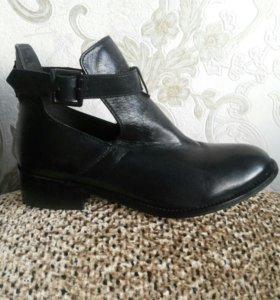 Ботинки новые Defree(кожа)