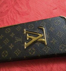 Чехол на iPhone айфон 5s/5 Louis Vuitton