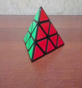 Пирамидка Рубика