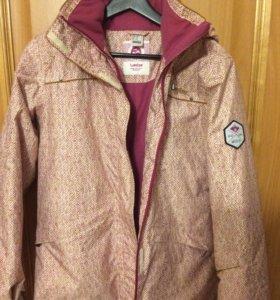 Сноубордическая куртка  и штаны