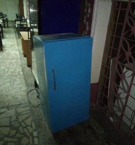 Нерабочие холодильники на запчасти