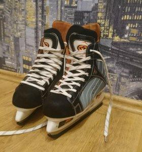хоккейные коньки NILS NH401S