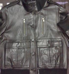 Коженная куртка- пиджак.