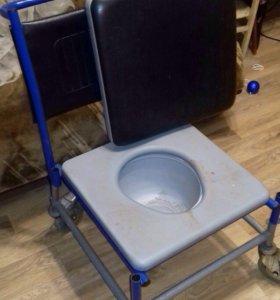 Кресло для людей с ограниченными возможностями