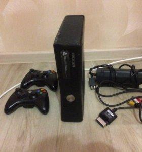 Xbox 360,L.T 2.0,11 игр,2 джойстика.