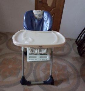 детский стул для кормления на колесиках