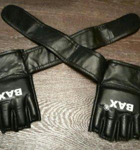 Краги (перчатки MMA )