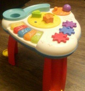Интерактивный развивающий столик