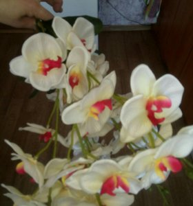 Искусственный цветок орхидеи
