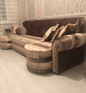 Диван, кресло, столик(новые)