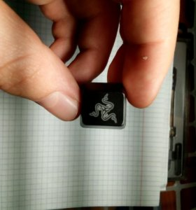 Клавиша для механики. С рисунком Razer