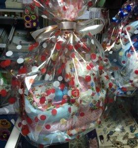 Подарки из памперсов,для новорождённых.