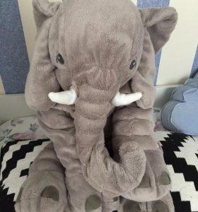 Большой слон Икеа
