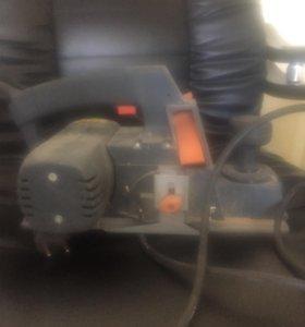 Электрорубанок б/у в рабочем состоянии ,230v