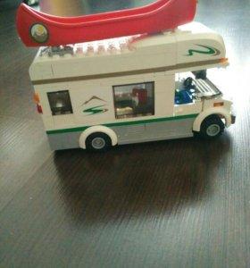 """Лего набор """"дом на колёсах"""""""