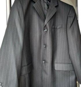 Пиджак мужской 52-54 размера