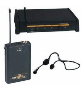 Микрофон AKG UHF PT40 (головной, конденсаторный)