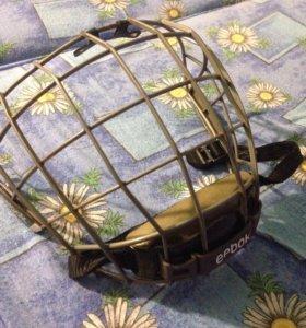 Хоккейная сетка на шлем