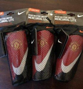 Щитки футбольные Nike Mercurial Lite MU SP0273-601
