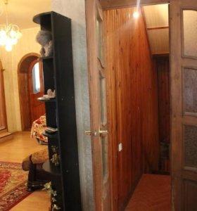Дом, 370 м²