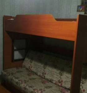 Кровать двухярусная. Срочная продажа!!!
