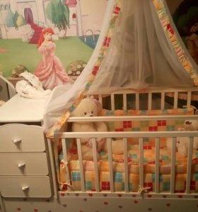 Абсолютно новая детская кроватка-трансформер+компл