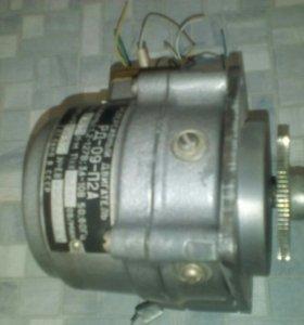 Реверсивный двигатель Рд-09-п2а