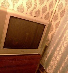 СРОЧНО телевизор(большой) + Подарок