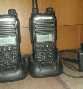 Kenwood th-f9 2штуки
