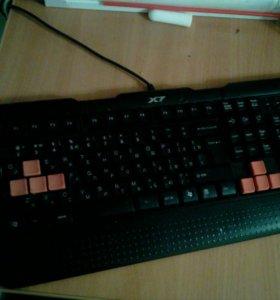 Игровая клавиатура и мышка