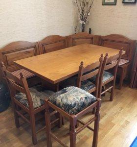 Кухонный уголок и стулья